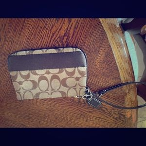Nwot never carried coach wristlet